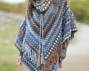 Crochet poncho with removable collar and fringes, wool poncho, crochet poncho, 100% hand made, gaucho poncho. CHOOSE YOUR COLOR!