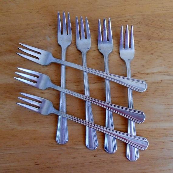 7 Restaurant Ware Seafood Cocktail Forks