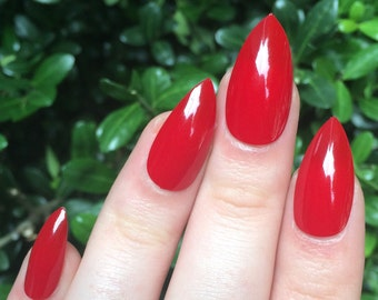 Red nails, fake nails, stiletto nails
