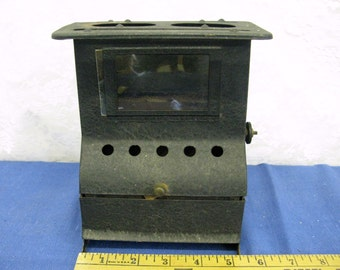 Antique Carriage/Buggy Oil Heater with Wick