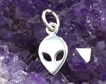 Alien Charm, Extraterrestrial Charm, Space Charm, Outer Space Charm, Sterling Silver, TINY, PS01388