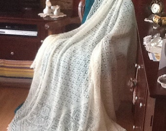 Shetland Rosebud Shawl hand Knitted MADE TO ORDER