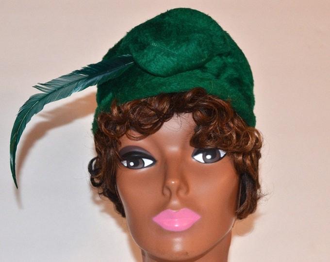 Vintage Estate Reggi of Wilshire Woodward & Lothrop Duchess Green Feather Hat