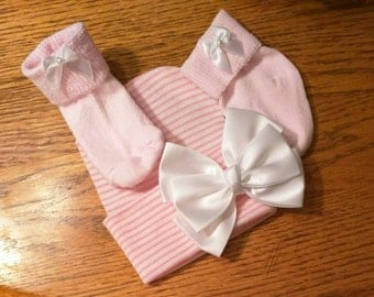 Newborn Hospital Hat with Satin Bow and matching Socks! Choice of Bow Placement on Hats and Socks Newborn Hospital Beanie Perfect Gift!
