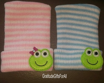 FLaSH SaLE NEWBORN Hospital Hats. Exclusive To This Shop! Frogs For Boy and Girl! Babies 1st Keepsakes! 2 Hats! Newborn Beanies. Baby Girl a