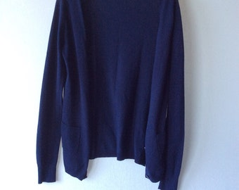 Blue cardigan. Women's sweater. Navy blue cardigan. Size small cardigan. Excellent condition.