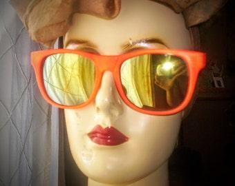 Vintage 80s sunglasses