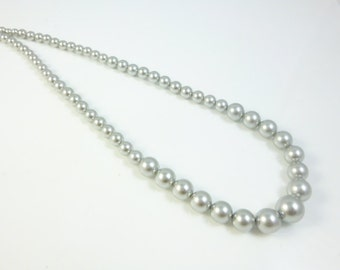 Graduated Pearl Necklace, Gray Pearl Necklace,  Swarovski Pearls,Graduated Pearls, Bridesmaid Necklace