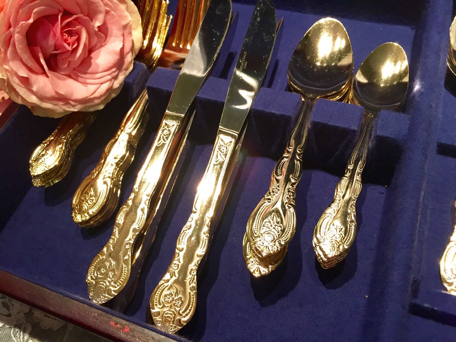 antique gold rose flatware set service for 8 with bonus. Black Bedroom Furniture Sets. Home Design Ideas