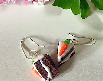 Carrot cake earrings