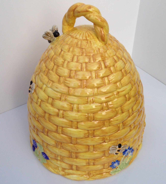 Vintage large yellow porcelain beehive lidded cookie jar with - Beehive cookie jar ...