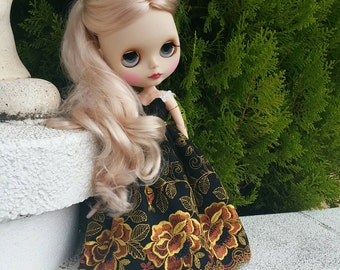 "Blythe dress ""Golden night"""