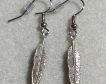Vintage metal feather earrings