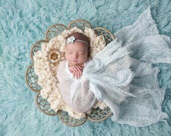 Newborn Baby Basket Stuffer Photo Prop Nest Fluffy Basket Filler Boa in Neutral Ivory Creme for Boys and Girls