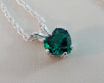 Emerald Heart Necklace in Sterling Silver, 6mm Hydrothermal Lab Emerald Gemstone, May Birthstone, Emerald Jewelry,Emerald Birthstone Pendant