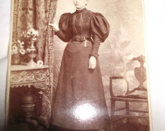 Vintage photo of a Lady  (2)