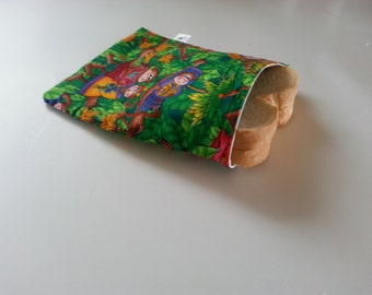 Sandwich bag or reusable snack monkey
