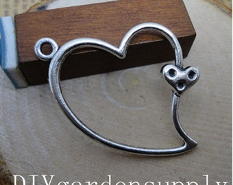 lead and nickel free---50pcs 32x26mm antiqued silver/antqiued bronze Heart to Heart  zinc alloy charms findings