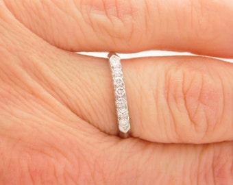 0.25 Carat T.W. Ladies Vintage Round Cut Diamond Band Platinum Ring