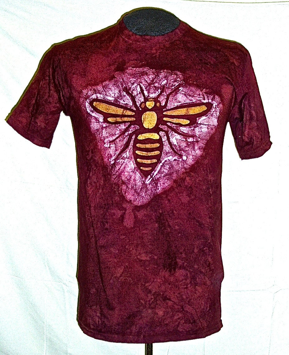 batik bee t shirt. Black Bedroom Furniture Sets. Home Design Ideas