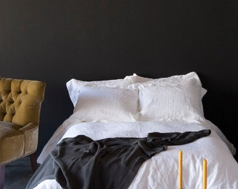 Bella Notte Linen White Fabric Remnant Yardage