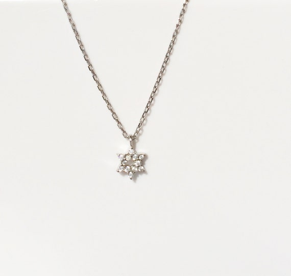 david star necklace REAL sterling silver and dazzling cubic zirconia, perfect necklace for kid's and adults, ON SALE