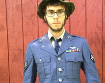 """American Air Force Uniform, not a reproduction, the real thing, includes campaign ribbons, formal attire, 13x13x9"""" weight 9.4 lb #973"""