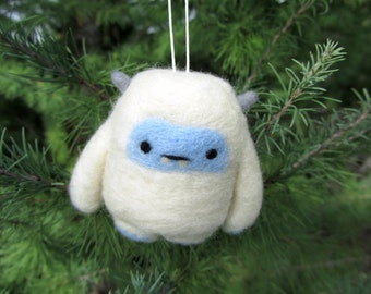 Needle Felted Yeti Ornament, Abominable Snowman, Christmas Decoration, Christmas Ornament, Wool Felt Ornament, Cute Yeti, Christmas Gift