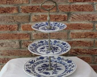 "Antique Hutschenreuther etagere ""Zwiebelmuster""   1968s Perfect condition ! Bavaria porcelain"