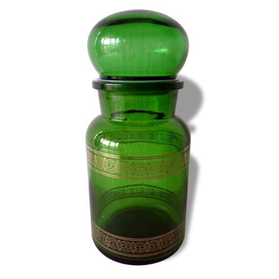 un bocal pot d 39 apothicaire en verre meraude par magicpuce. Black Bedroom Furniture Sets. Home Design Ideas