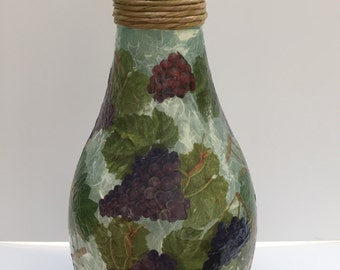 Grapes galore vase