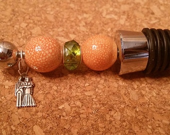 Beaded Wine Stopper, Wedding Favor, Wedding Party Gift, Anniversary, Engagement Gift, Mint, Peridot, Champagen, Peach, Wedding Couple