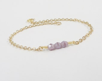 Lavender Bracelet - Pale Purple - Beaded Bracelet -  Gold dainty bracelet - Simple minimal jewelry
