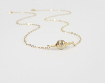 Tiny gold drop necklace - Delicate gold necklace - Gold drop necklace - Dainty Jewelry - Tiny Gold Drop Necklace - Simple minimal necklace