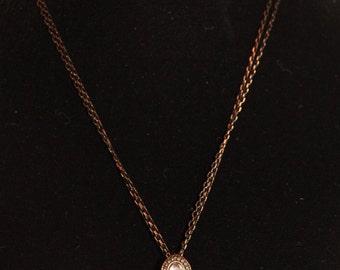 Flower Pendant Gold Necklace