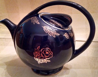 Hall Airflow 6 Cup Cobalt Blue Teapot with Gold Decoration - Vintage Collectible