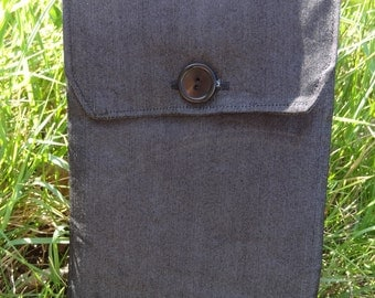 Kindle Sleeve: Grey