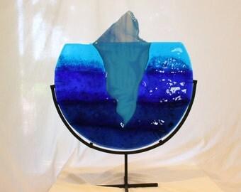 GLASS SCULPTURE  ICEBERG