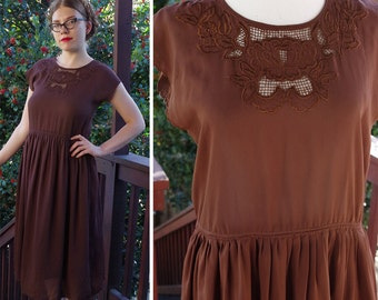 COCOA 1960's 50's Vintage Dark Brown Dress with Embroidered Collar + Back Buttons // size Medium // So Sweet!!