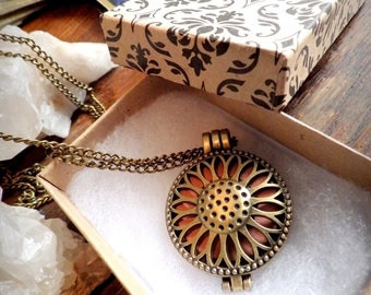 Sunflower Aromatherapy Necklace - Scent Healing Pendant - Vintage Steampunk Necklace - Aroma Scent Locket for Essential Oils Diffuser