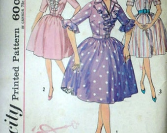 Misses' One-Piece Step-In Dress, Simplicity 4291 Vintage 60's Sewing Pattern, Size 14, 34 Bust