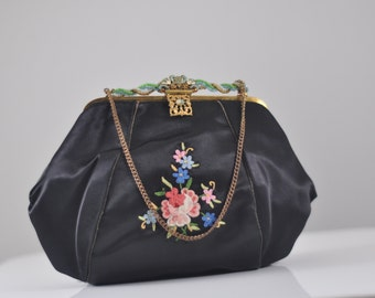 French vintage 1930s silk evening bag / embroidered floral purse / Art Nouveau Paris opera bag / Estate
