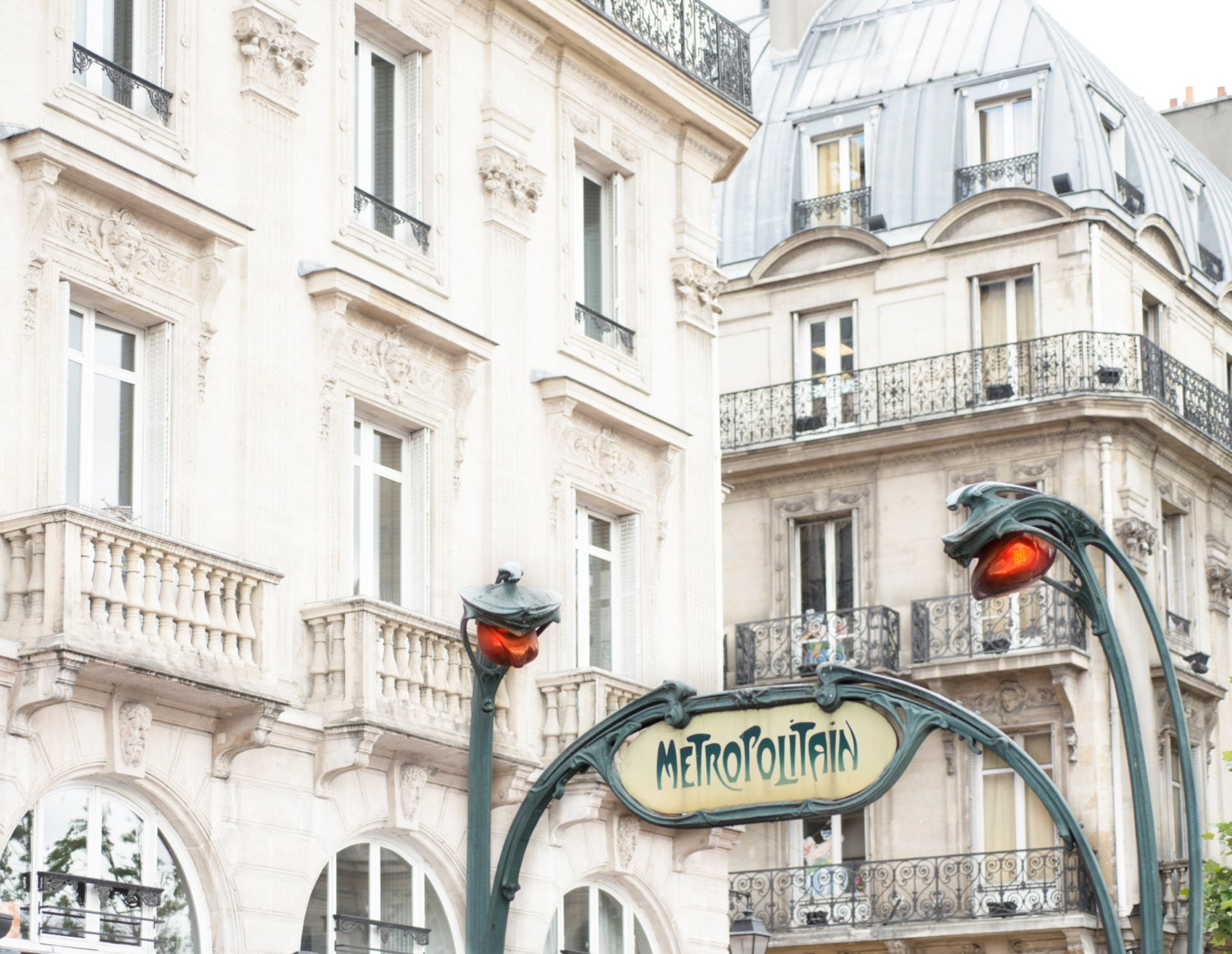 Paris photography le metro saint michel paris architectural - Metro saint michel paris ...