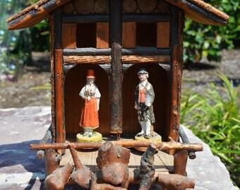 Folk Art Barometer -  folks in  a wood cottage - handmade vintage