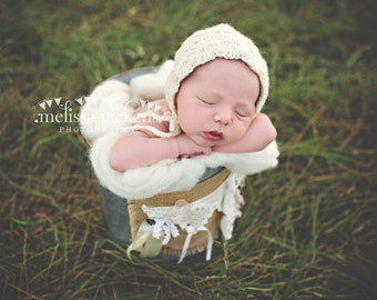 Baby Bonnet Cream Crochet - Newborn Bonnet Natural White - Baby Girl Hat - Newborn Girl Hat - Newborn Photography Prop - Crochet Baby Hat