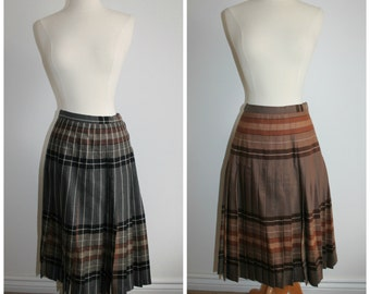 SALE Grey and Brown Reversible Wool Plaid Pleated Skirt Ladies XS