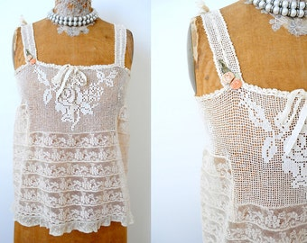 Antique 1910s Edwardian Camisole/ Top/Filet lace/Tulle lace/Small/Flowers/Damask ribbonRibbonwork/Rosettes
