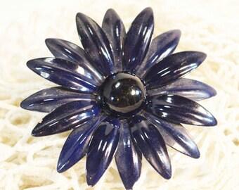 Vintage Navy Blue Enamel Brooch, Daisy Flower Pin with a Black Center      - R