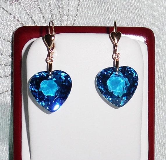 45 cts Natural Heart Swiss Blue Topaz gemstones, 14kt yellow gold leverback Pierced Earrings