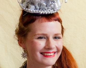 Silver Pony Cake Hat